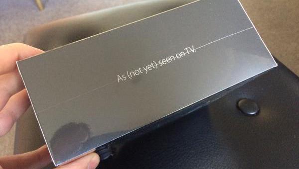 Vývojáři obdrželi první Apple TV, hned postují fotky online