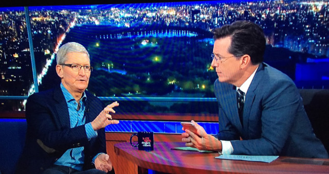 O čem mluvil Tim Cook v Late Show