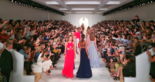 Apple vyzkoušel nový fotoaparát iPhonu 6s Plus na New Yorském Fashion Weeku