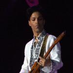 Zpěvák Prince si stěžuje, že hudebníci kvůli Applu nemají peníze