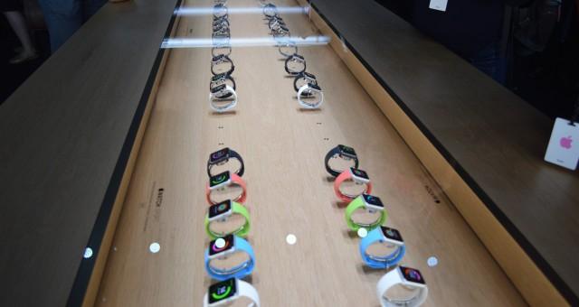 Apple si zaregistroval licenci pro nový vzhled výstavních stolů v Apple Storech