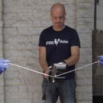 Nezničitelný Lightning Cable odolá i motorové pile