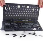 iFixit rozebral novou klávesnici Apple Smart Keyboard