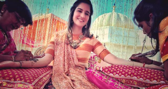 Oceněný fotograf použil iPhone 6s k nafocení indické svatby