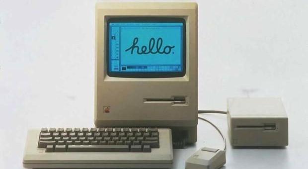 Přesně před 11 lety zemřel původní autor Macintoshe