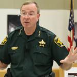 Floridský šerif prohlásil, že by zatkl Tima Cooka