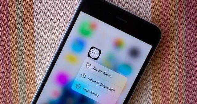 Samsung se připravuje na iPhone 8. Ohromně investuje do OLED displejů