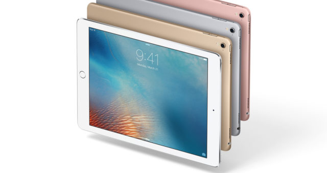 Apple vydal opravenou verzi iOS 9.3.2 pro menší iPad Pro