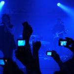 Konec natáčení na koncertech. Apple získal patent, který znemožňuje natáčení koncertů na iPhony