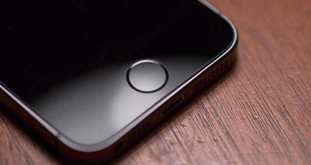 Apple chystá past na zloděje. Zabuduje ji do senzorů iPhonu