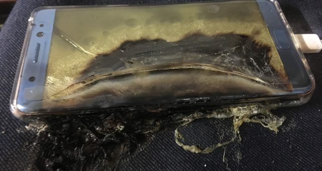 Za problémy s vybuchující baterií Galaxy Note 7 může hloupost Samsungu