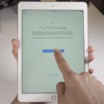Nadcházející iPhone může obsahovat vynikající True Tone displej a podporovat rozpoznávání obličeje