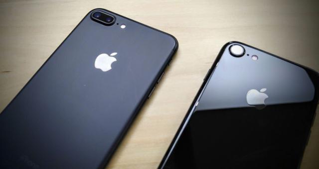 Z Androidu na iPhone přechází nejvíce lidí v historii