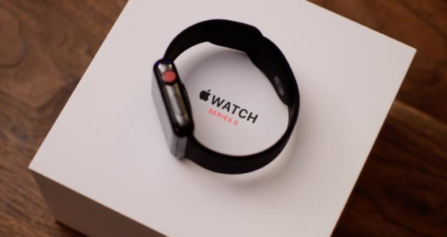 Apple vydal watchOS 4.0.1 s opravou LTE pro Apple Watch Series 3