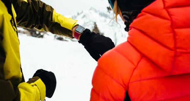 Apple Watch Series 3 nyní podporují trackování lyžování a snowboardování