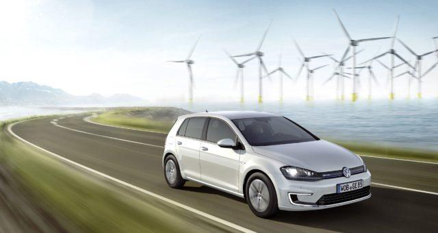Volkswagen vozy získaly Siri Shortcuts a hlasové ovládání k odemykání, blikání světel, kontrole kilometrů a další