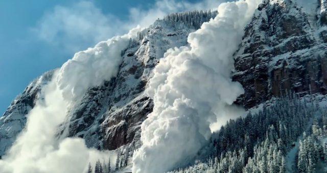 """Video ze zákulisí zobrazuje používání výbušnin pro vytvoření laviny k natáčení videa """"Don't Mess With Mother"""""""