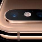 Systém iOS 13 umožňuje nastavit intenzitu osvětlení portrétů a fotografovat klasické monochromatické snímky