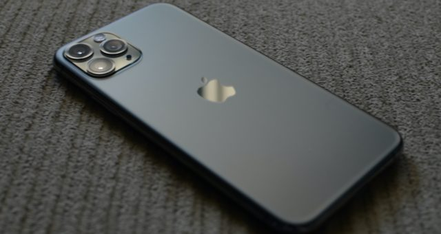 Analytici očekávají u některých modelů iPhone 12 až 6 GB RAM