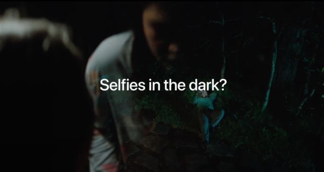 Apple prezentuje Noční režim v nové reklamě