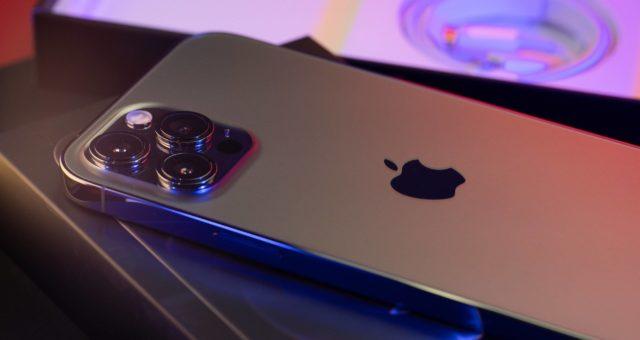 Společnost Apple přináší užitečné tipy, jak pořídit expresivní portréty domácích mazlíčků pomocí iPhonu